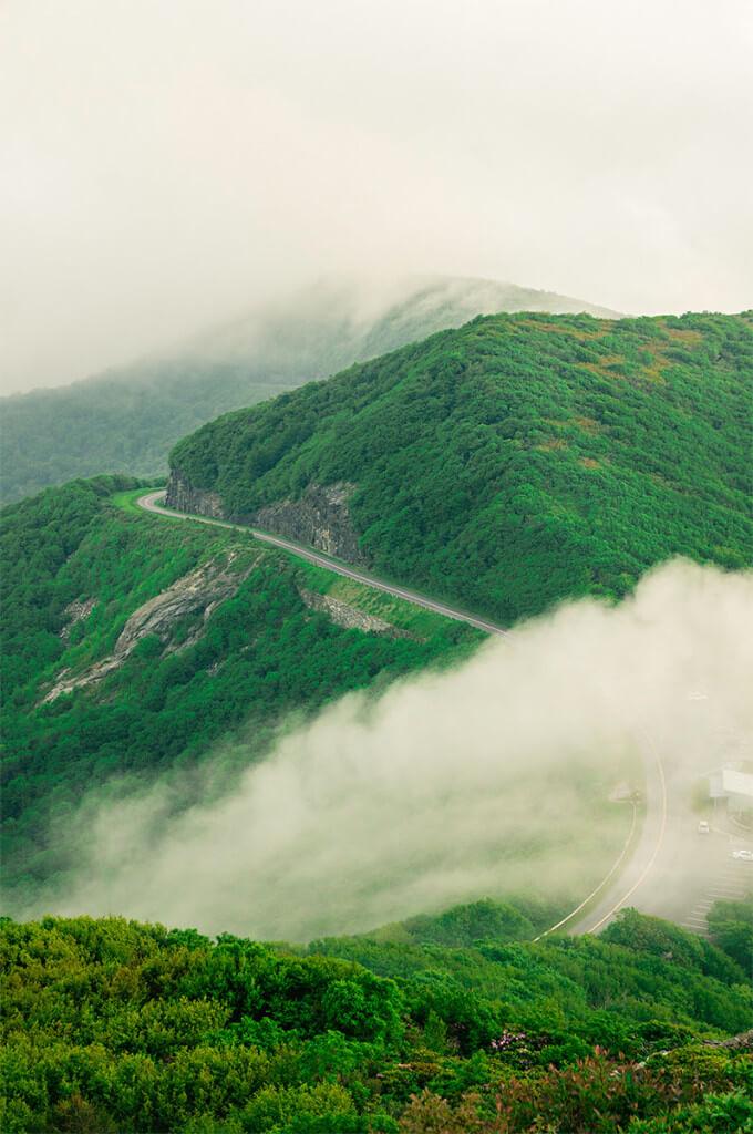 Vue depuis le sentier Craggy Pinnacle, par Dawnfire Photography