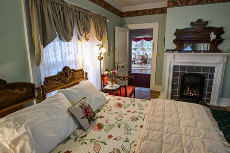 Inn on Main Street - Weaverville, NC