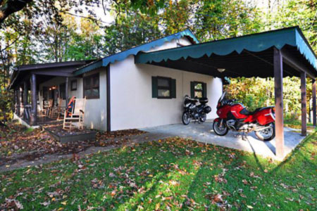 Switzerland Inn & Diamondback Motorcycle Lodge - Little Switzerland, NC
